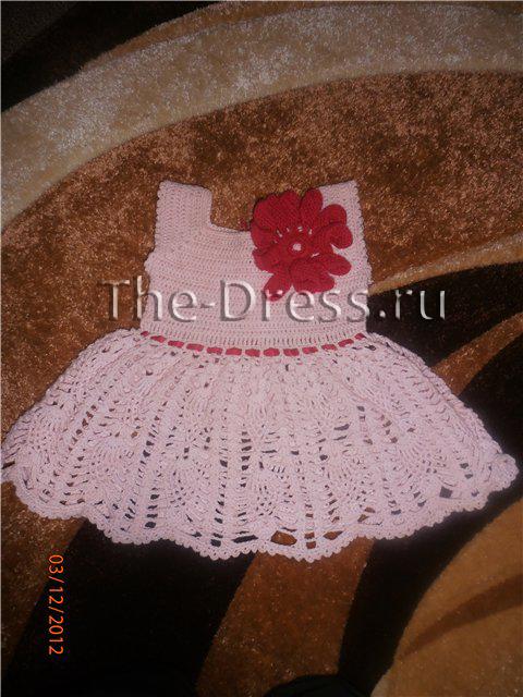 Платье крючком 6-9 месяцев
