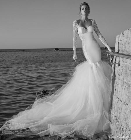 Представляем вам фото самых красивых и модных свадебных платьев 2015 года